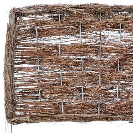 tuinafsluiting van palmtakken