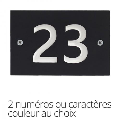 Huisnummerplaatje in gerecycleerd plastiek - twee karakters